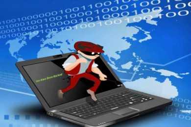 ladro che esce dal monitor del laptop